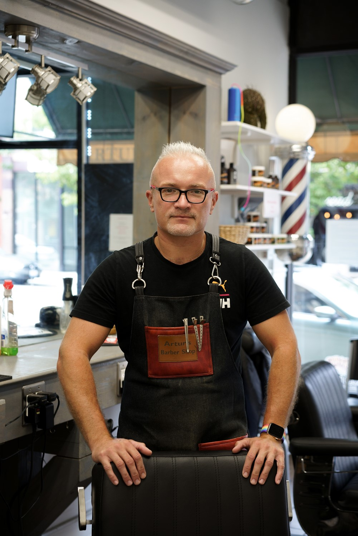 artur owner of barbershop in chicago